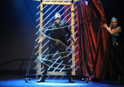 Großillusionen TV-Show Illusionist Magic-Stunt